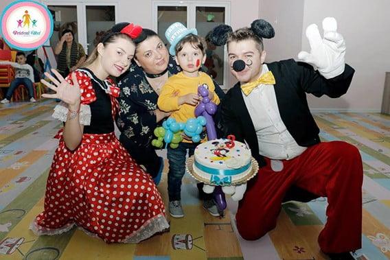 animatori petreceri copii dizemanepe